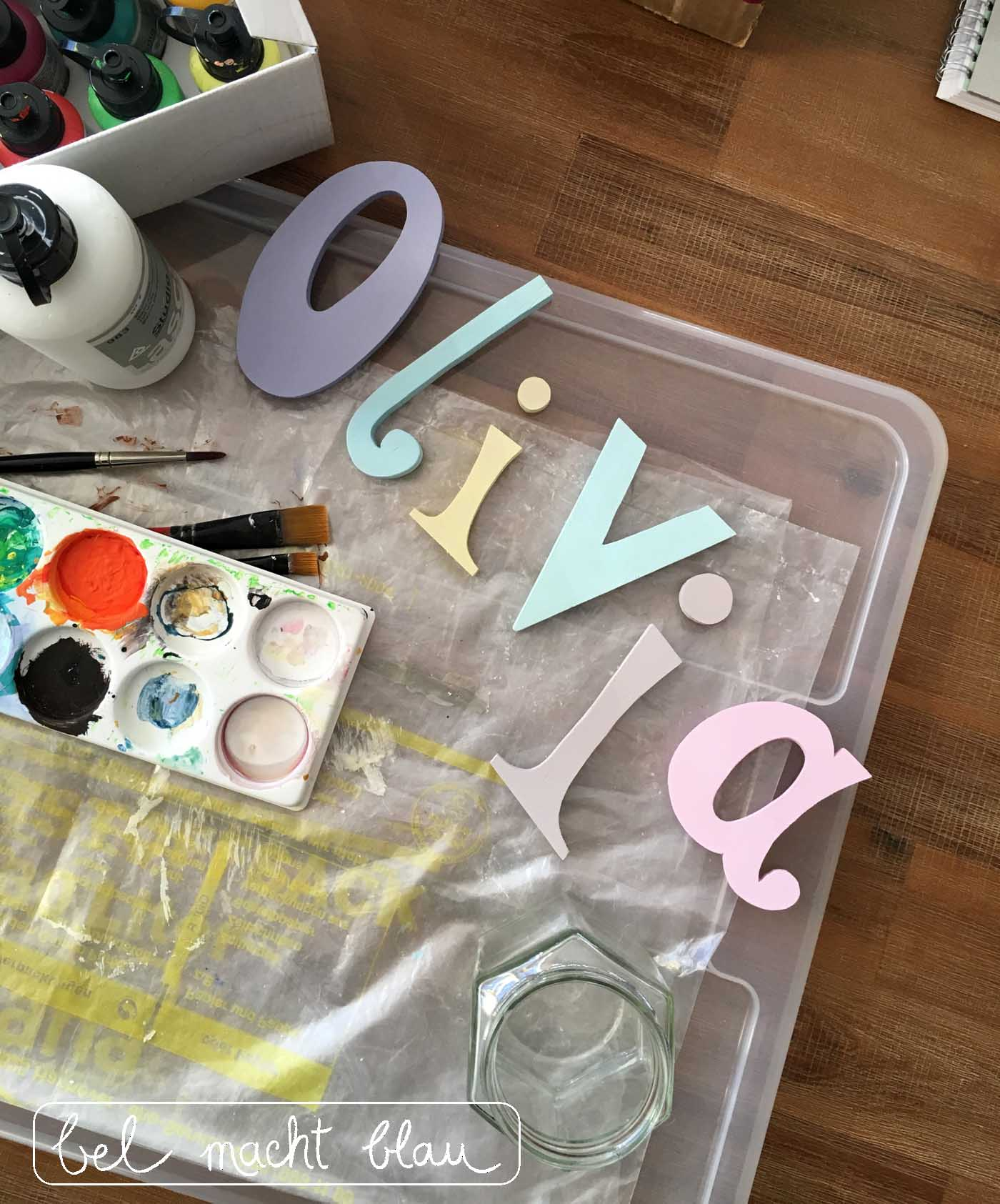 Olivia - Holzbuchstaben selbst sägen und bemalen
