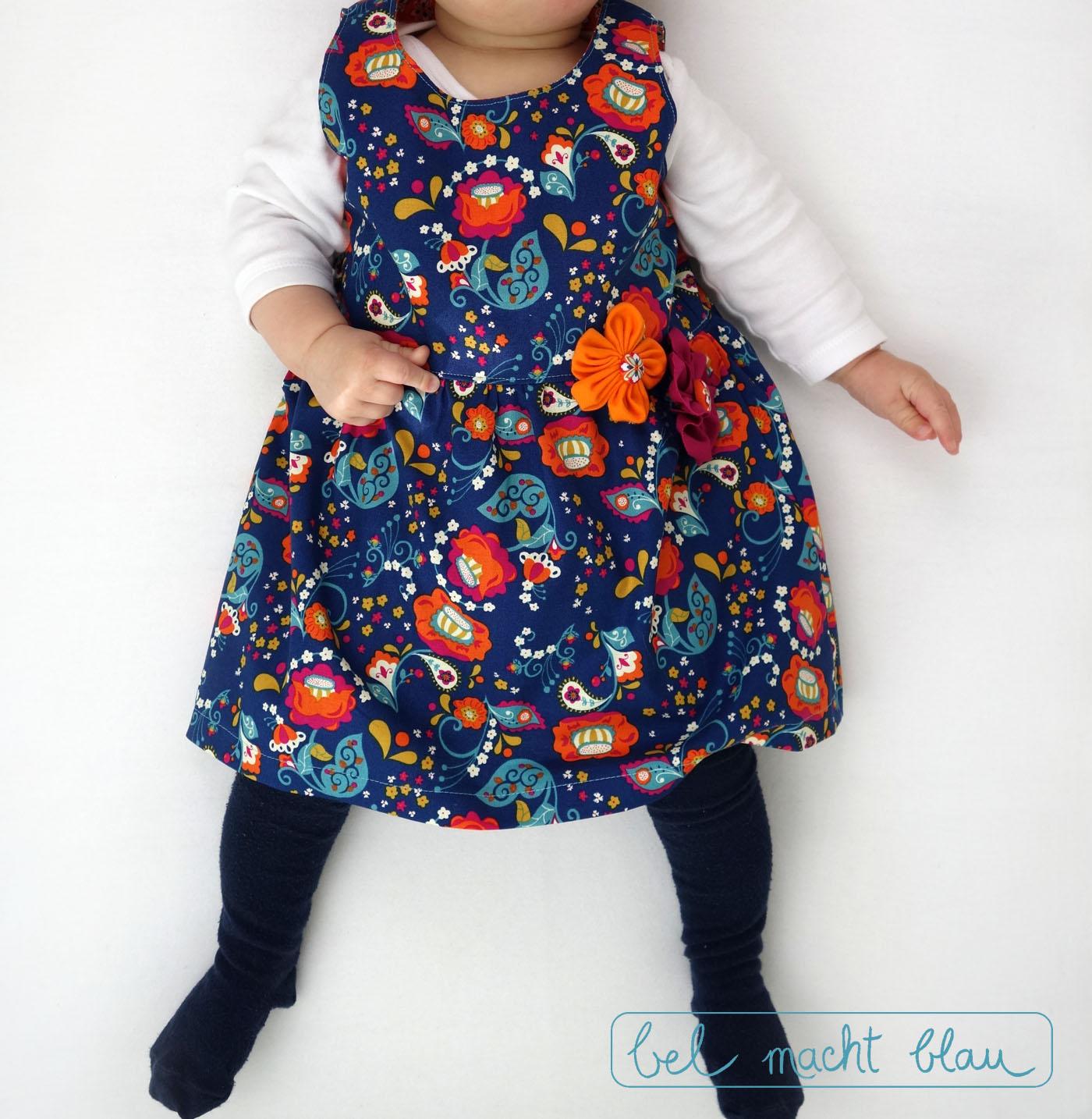 """blumiges Babykleid: """"Knoopkleed"""" von Groeny"""