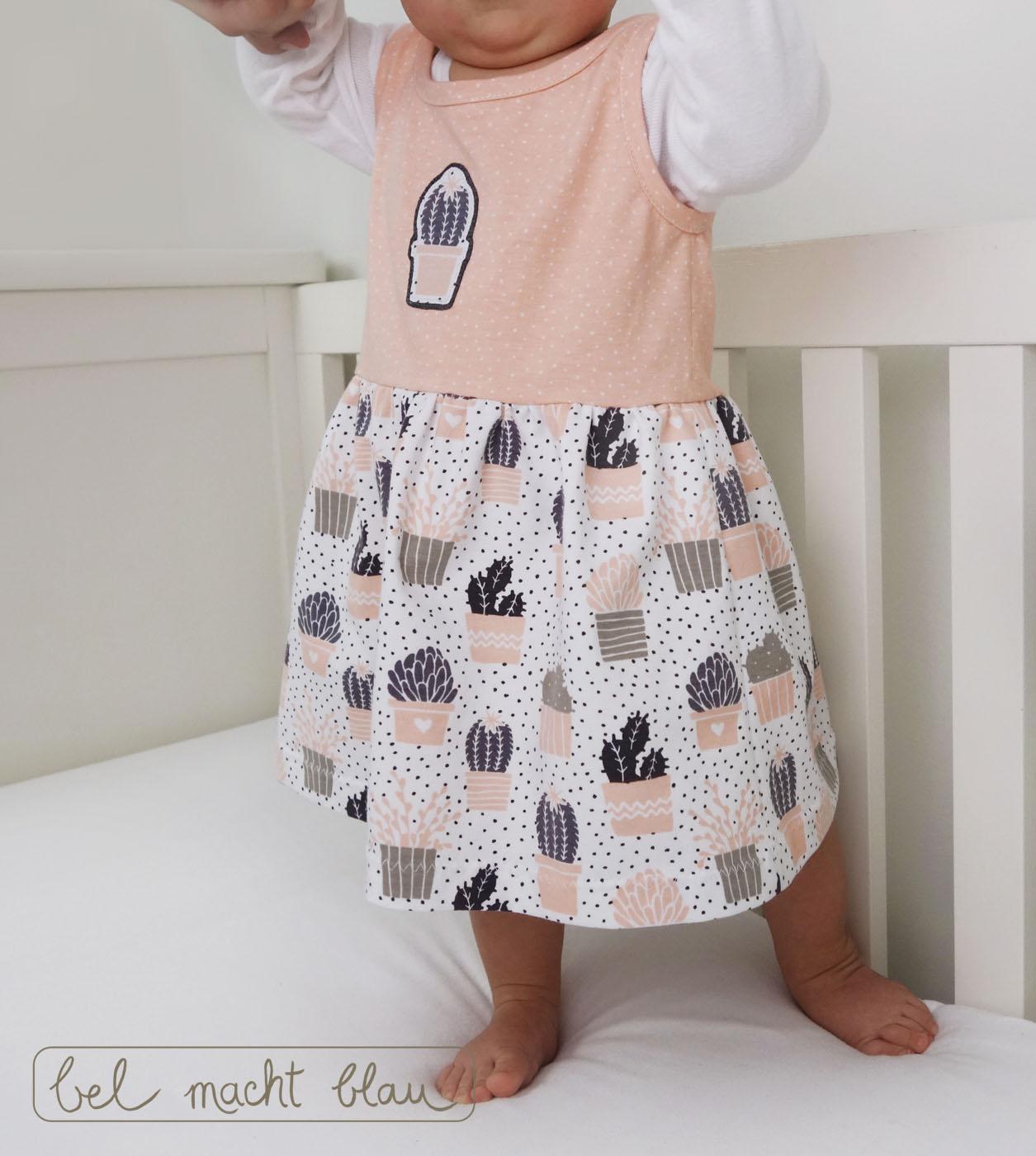 Hübsches Sommerkleid für Babys: Das Sömmerkleed von Groeny mit Cactus-Love-Stoffen von Alles für Selbermacher